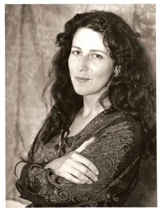 Julia Hutton